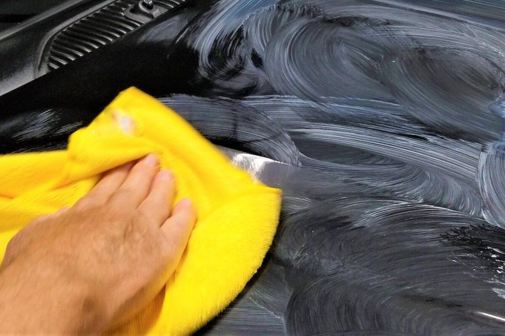 wax on car