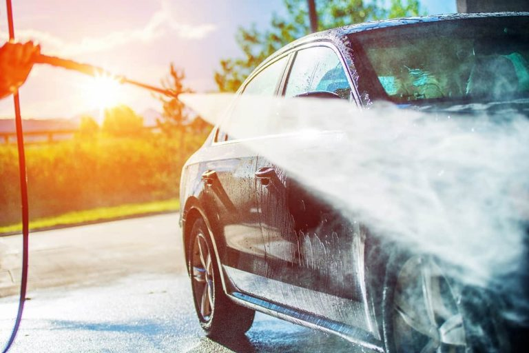 How to Pressure Wash a Car - motorgearlab.com